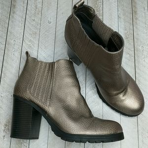 Sam & Libby Gold-Tone Pleather Boots Size 10